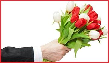 Сколько цветов можно дарить живому человеку